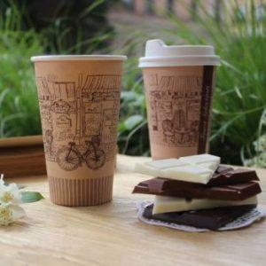 pruunid kohvitopsid